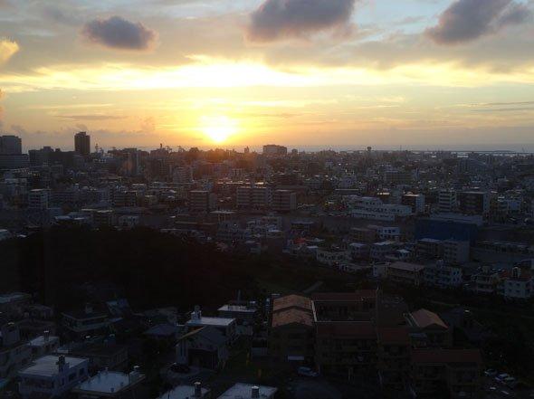 ホテル日航那覇グランドキャッスル夕陽