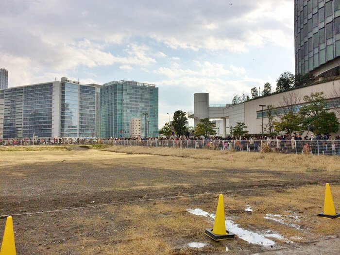 木下大サーカス横浜公演長蛇の列